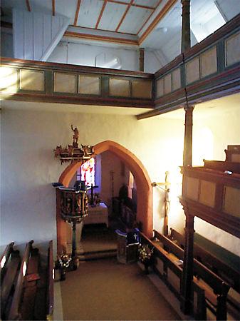 Reatauration des Kircheninnenraums